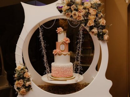Suspended Pearl White Cake Display